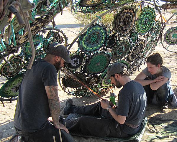 10. McDade_Rob Mertens teaches Josh weaving_10