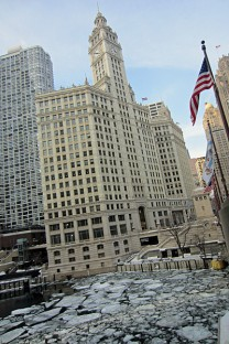 McDade_ChicagoRiver_Winter_0