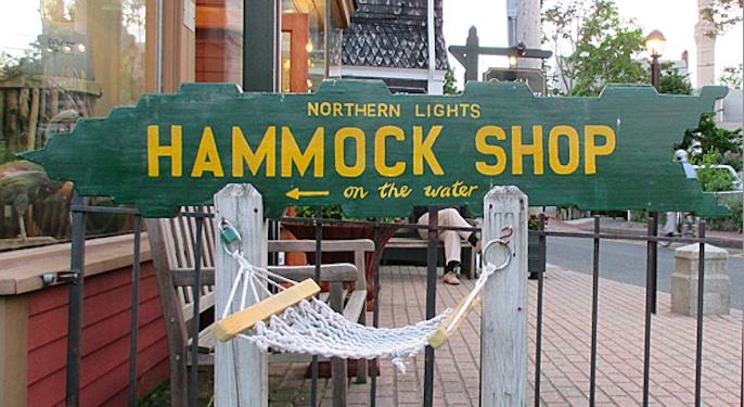 McDade Encaustic Hammock