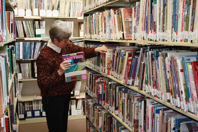 002.TextileCenter.Library