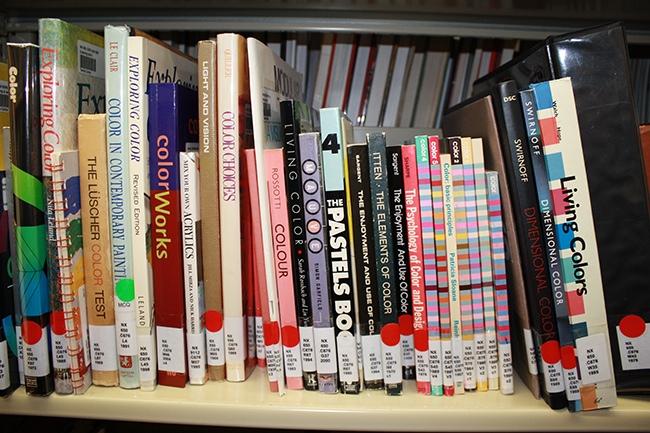 012.TextileCenter.Library