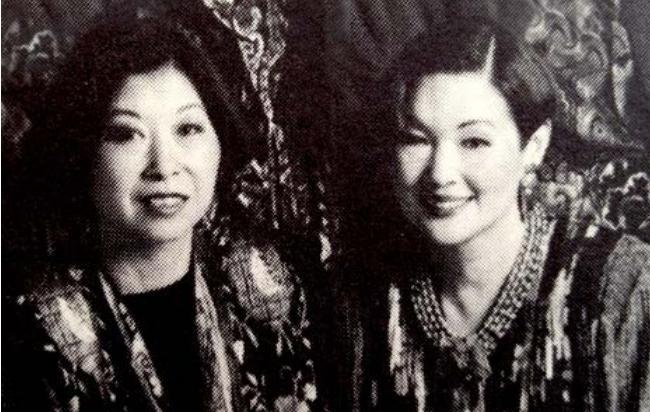Hedstrom Sakata - Nitta Obiko archive
