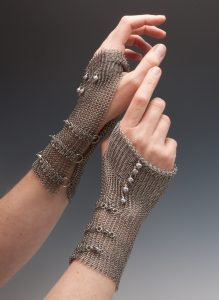 Elaine Unzicker Fingerless Gloves Stainless chain mail mesh, stainless lobster claws, pearls, cut, seamed, soldered (2014)